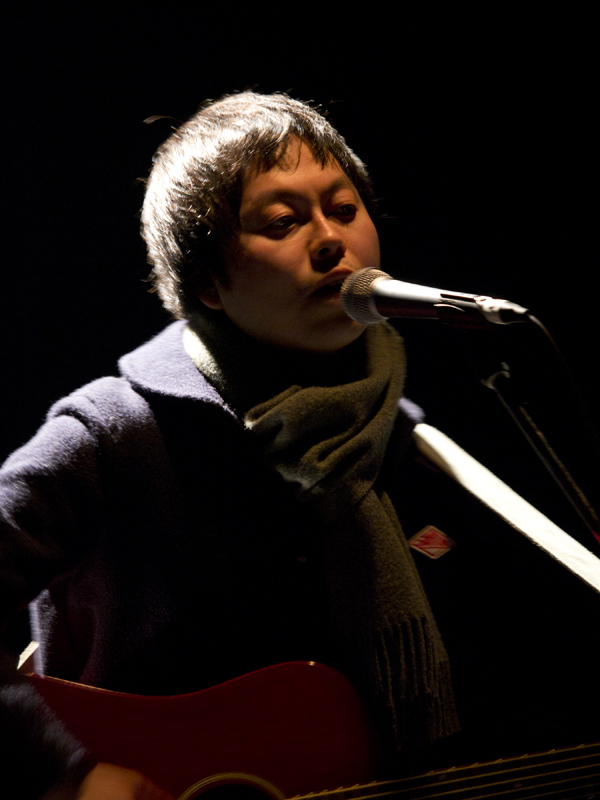 Vo.G. Akira Takeuchi